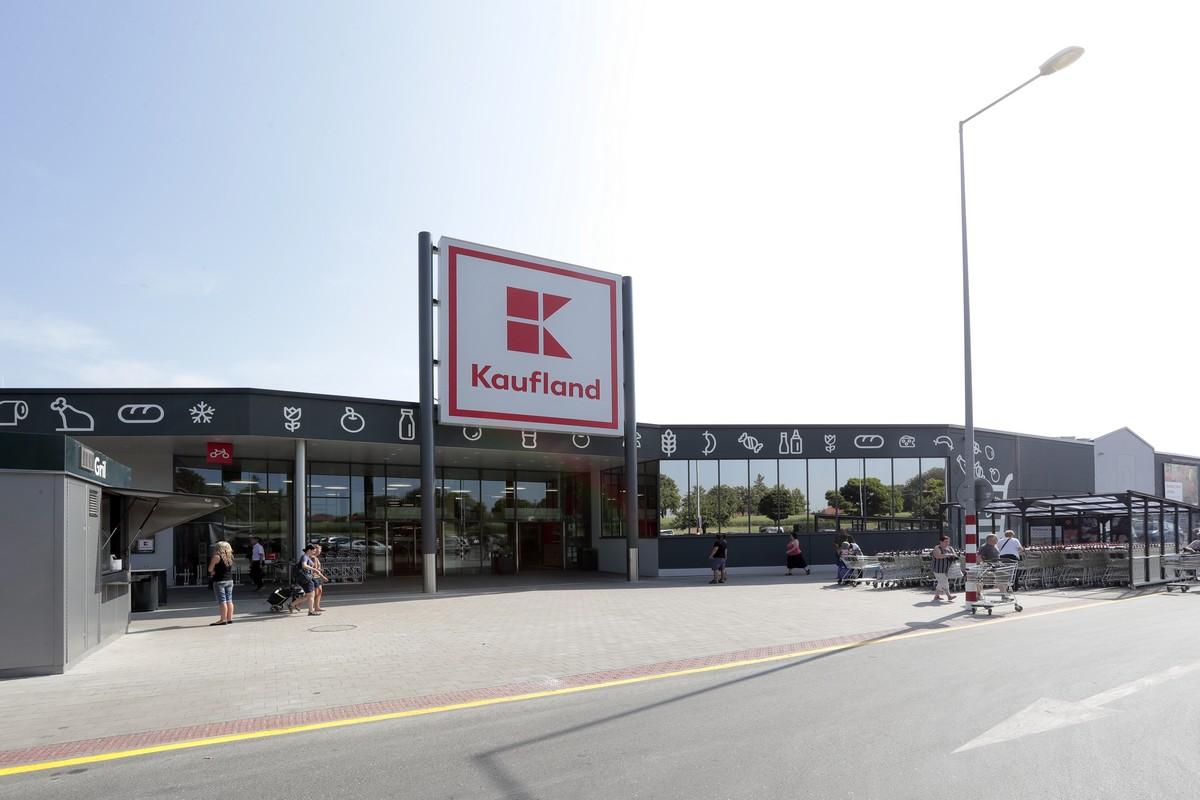 Prodejna Kauflandu v Kolíně
