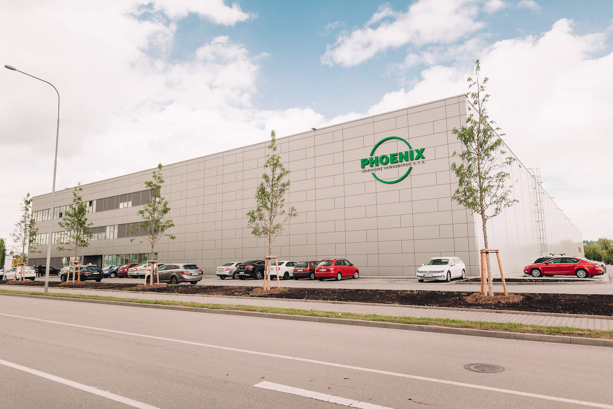 Nový sklad pro léčiva vybudovala firma Phoenix v Brně